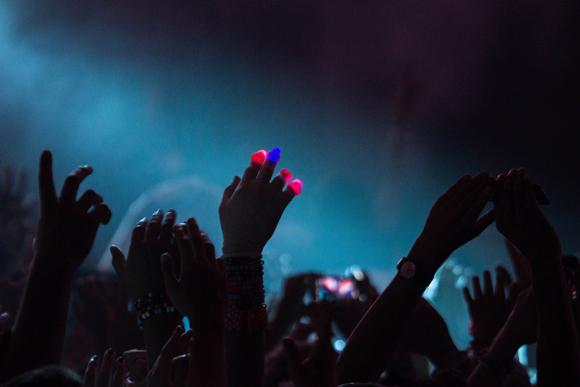 ultra_crowds_rz_-2
