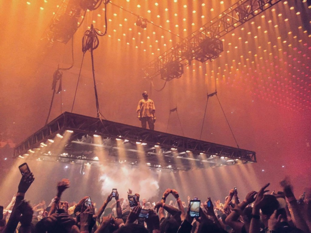 Kanye West spent the entirety of the concert on a floating stage, gracing the presence of his audience from up above. West sang some of his older songs as well as hits from his newest album, The Life of Pablo. Source: Linda Luaces