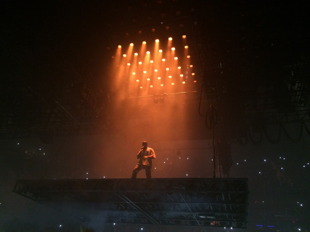 Unlike other concerts, Kanye West performed solo with a microphone on a floating stage all night long. Although the concert did not sell out, those in the general admission section got to enjoy the lights from the movable stage.