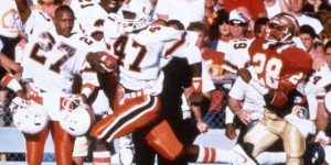 Michael Irvin of the Hurricanes scores the game-winning touchdown to beat the Seminoles in Tallahassee in 1987, 26-25. (Fox Sports)