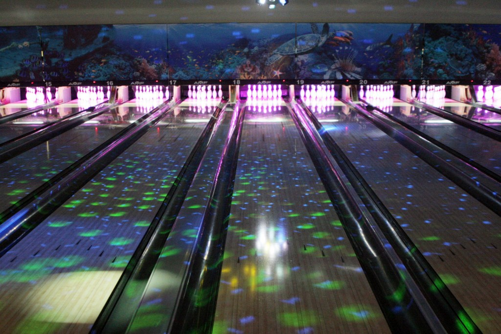 Bird Bowl offers bowling, billiards and an array of arcade games. Come during the weekend for giveaways, lights and a night to dance and bowl. Source: Facebook, BirdBowl Bowling Center.